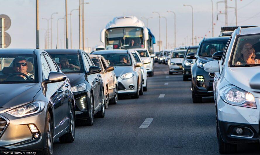 Verkehrsentlastung in der Rush Hour: Weniger Fahrzeuge durch Extraspuren für Fahrgemeinschaften